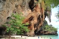 прананг бич краби пещера